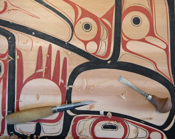 Detail of the painting on the replica box. Photo: Pitt Rivers Museum/Michael Peckett